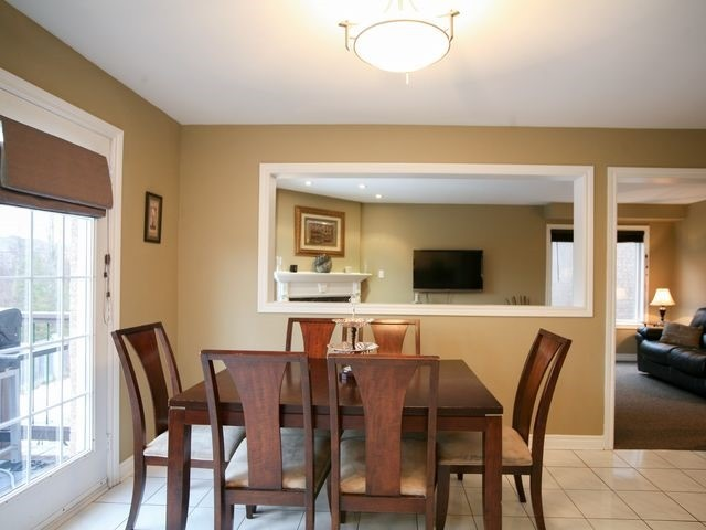 Detached at 32 Woodhaven Cres, Richmond Hill, Ontario. Image 18