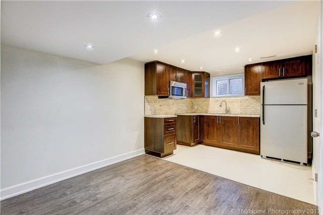 Detached at 59 Cog Hill Dr, Vaughan, Ontario. Image 7