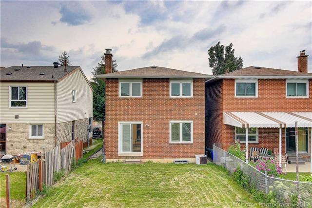 Detached at 59 Cog Hill Dr, Vaughan, Ontario. Image 10