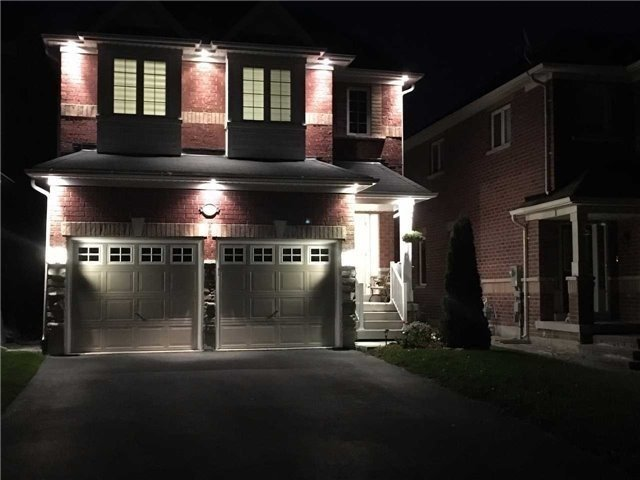 Detached at 17 Danpatrick Dr, Richmond Hill, Ontario. Image 13