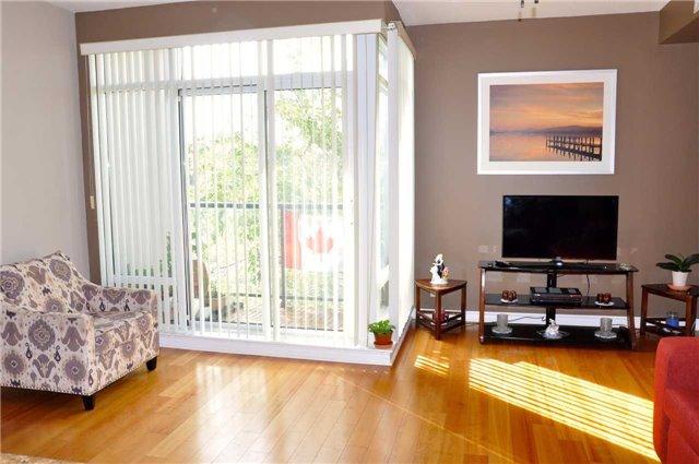 Condo Apartment at 11121 Yonge St, Unit 310, Richmond Hill, Ontario. Image 10
