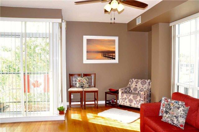 Condo Apartment at 11121 Yonge St, Unit 310, Richmond Hill, Ontario. Image 12