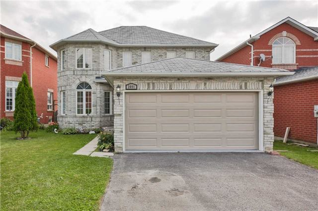 Detached at 2091 Wilson St, Innisfil, Ontario. Image 1