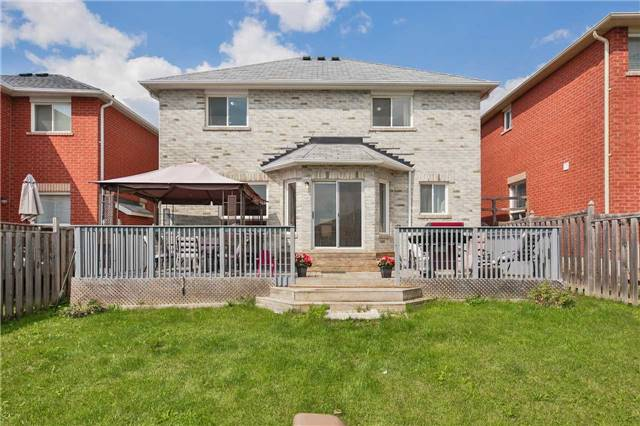 Detached at 2091 Wilson St, Innisfil, Ontario. Image 15