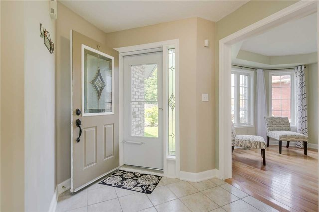 Detached at 2091 Wilson St, Innisfil, Ontario. Image 16