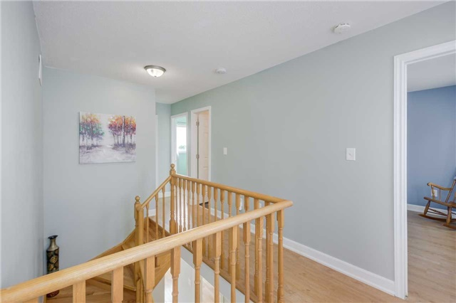 Detached at 2091 Wilson St, Innisfil, Ontario. Image 6