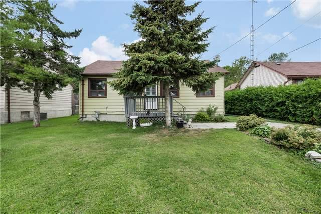 Detached at 1378 Maple Rd, Innisfil, Ontario. Image 6