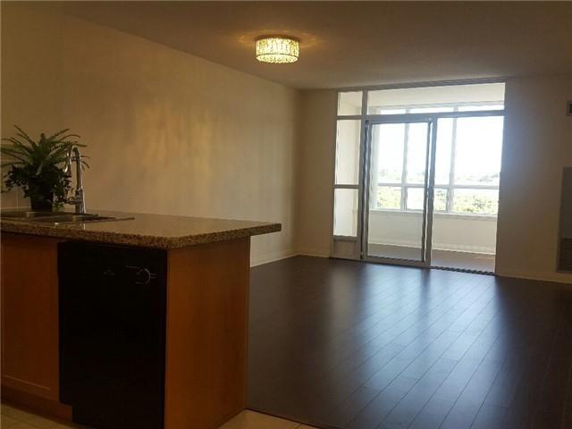 Condo Apartment at 7373 Kennedy Rd, Unit 516, Markham, Ontario. Image 15