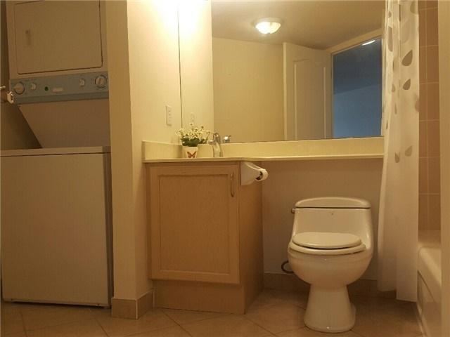 Condo Apartment at 7373 Kennedy Rd, Unit 516, Markham, Ontario. Image 3