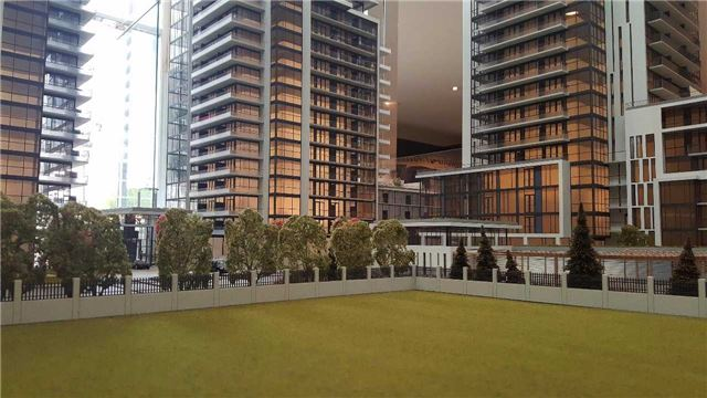 Condo Apartment at 9618 Yonge St, Unit 508, Richmond Hill, Ontario. Image 2