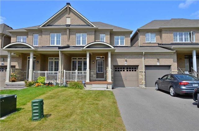Townhouse at 111 Betony Dr, Richmond Hill, Ontario. Image 1