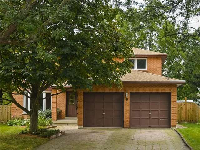 Detached at 8 Loyalist Crt, Markham, Ontario. Image 1
