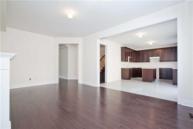 Detached at 1097 Harden Tr, Newmarket, Ontario. Image 15
