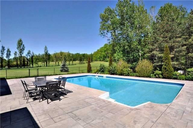 Detached at 67 Manor Ridge Tr, East Gwillimbury, Ontario. Image 7