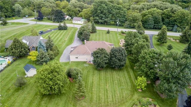 Detached at 32 Little Rebel Rd, King, Ontario. Image 13
