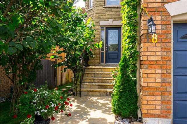 Semi-detached at 18 Prestonwood Crt, Vaughan, Ontario. Image 10