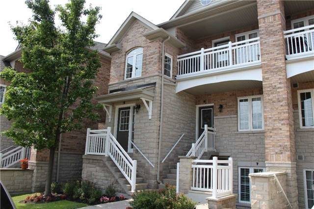 Condo Townhouse at 520 Silken Laumann Dr, Unit 9, Newmarket, Ontario. Image 1