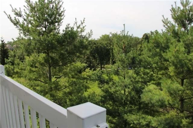 Condo Townhouse at 520 Silken Laumann Dr, Unit 9, Newmarket, Ontario. Image 7