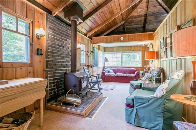 Cottage at 2245 Merrett St, Innisfil, Ontario. Image 6