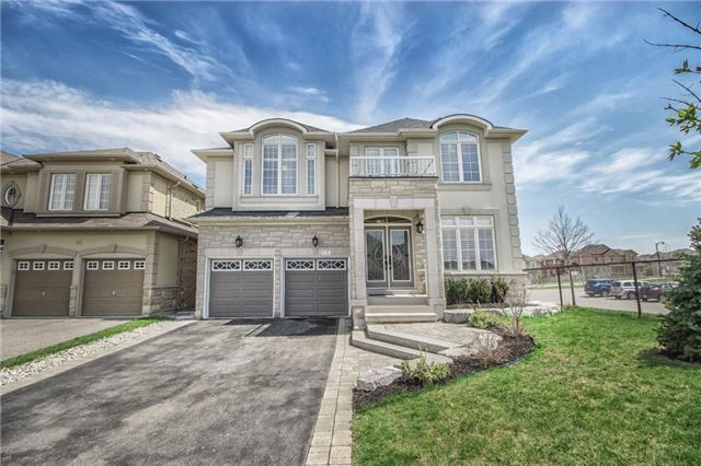 Detached at 31 Horsley Crt, Aurora, Ontario. Image 1