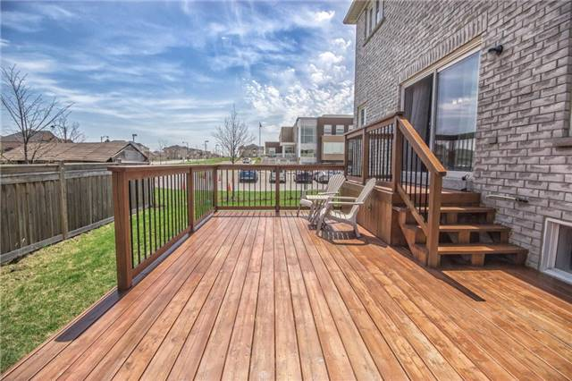 Detached at 31 Horsley Crt, Aurora, Ontario. Image 11