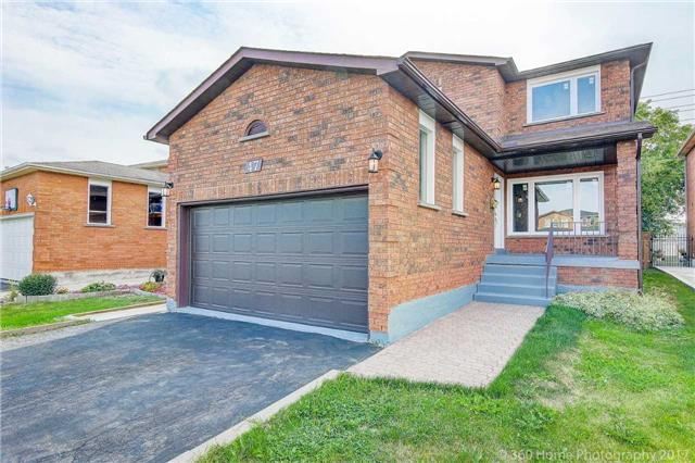 Detached at 47 Cabinet Cres, Vaughan, Ontario. Image 1