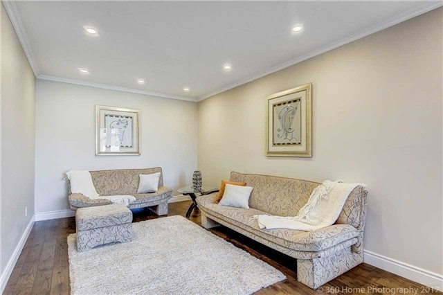 Detached at 47 Cabinet Cres, Vaughan, Ontario. Image 12