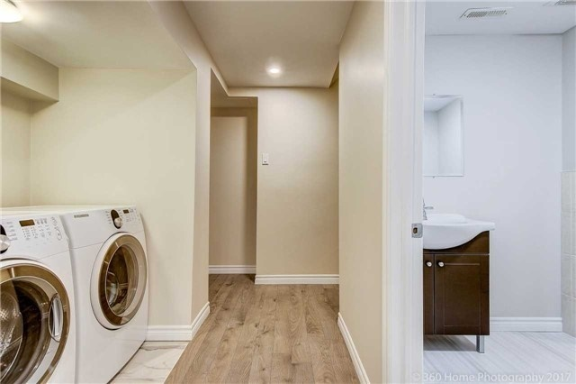 Detached at 47 Cabinet Cres, Vaughan, Ontario. Image 7