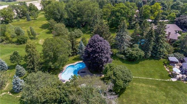 Detached at 102 Hillcrest Dr, East Gwillimbury, Ontario. Image 6