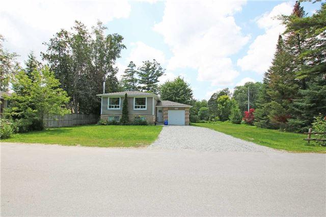 Detached at 2244 Merrett St, Innisfil, Ontario. Image 1