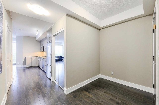Condo Apartment at 9608 Yonge St, Unit 1606, Richmond Hill, Ontario. Image 16