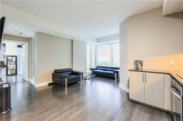 Condo Apartment at 9608 Yonge St, Unit 1606, Richmond Hill, Ontario. Image 17