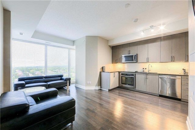 Condo Apartment at 9608 Yonge St, Unit 1606, Richmond Hill, Ontario. Image 19