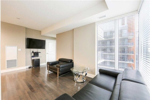 Condo Apartment at 9608 Yonge St, Unit 1606, Richmond Hill, Ontario. Image 20