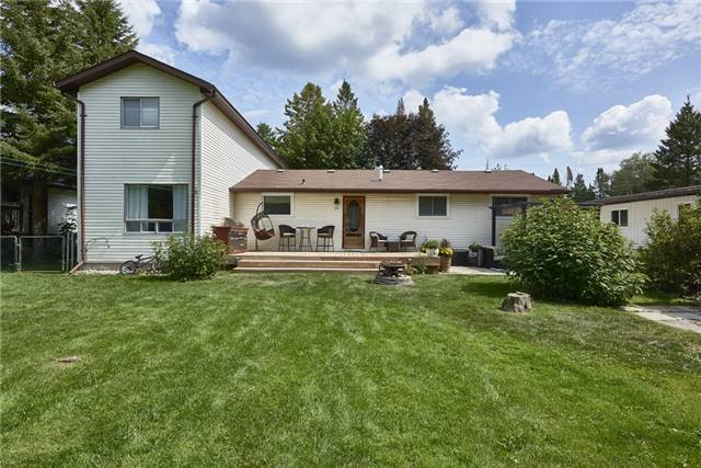 Detached at 2196 Richard St, Innisfil, Ontario. Image 9