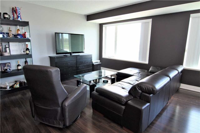Condo Apartment at 253 South Park Rd, Unit 502, Markham, Ontario. Image 15