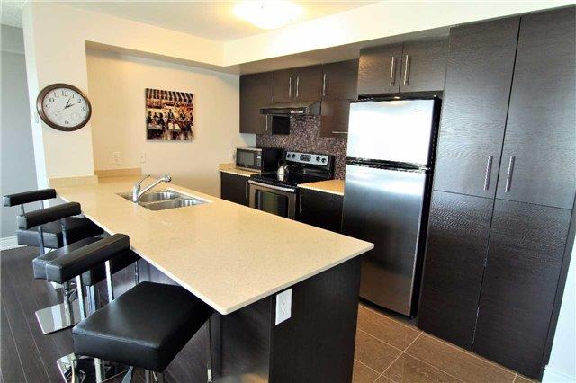 Condo Apartment at 253 South Park Rd, Unit 502, Markham, Ontario. Image 2
