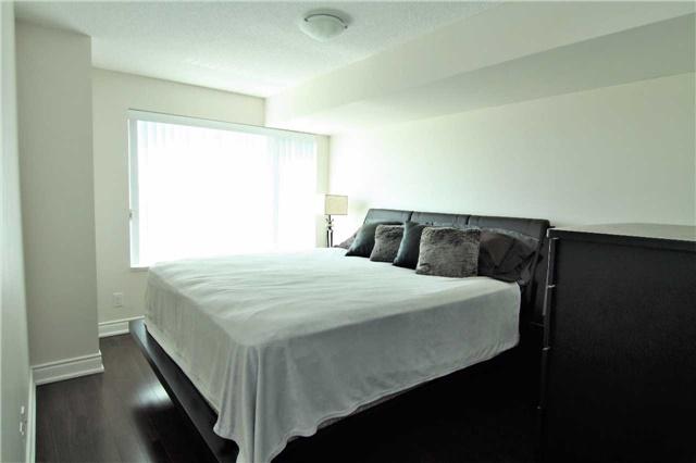 Condo Apartment at 253 South Park Rd, Unit 502, Markham, Ontario. Image 5