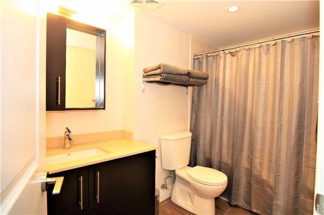 Condo Apartment at 253 South Park Rd, Unit 502, Markham, Ontario. Image 8