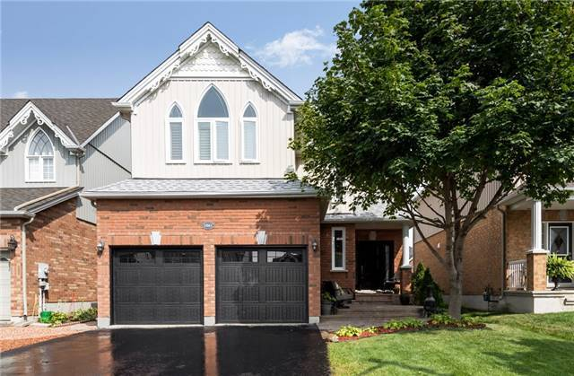 Detached at 1061 Muriel St, Innisfil, Ontario. Image 12