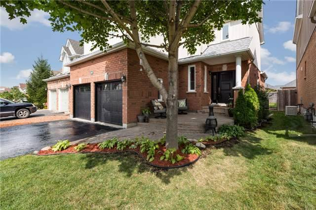 Detached at 1061 Muriel St, Innisfil, Ontario. Image 14
