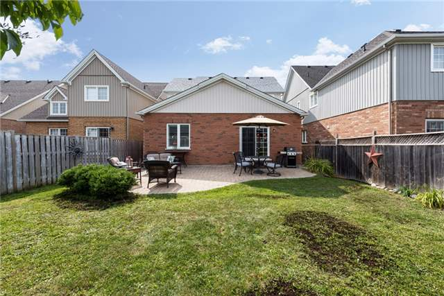 Detached at 1061 Muriel St, Innisfil, Ontario. Image 11