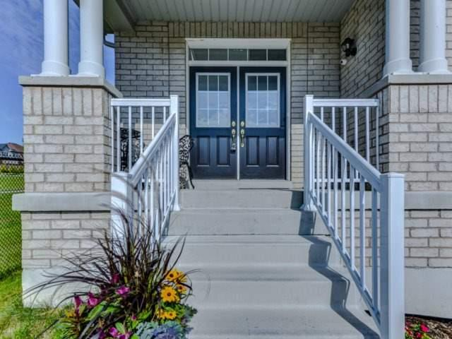Detached at 51 Nature Way Cres, Newmarket, Ontario. Image 1