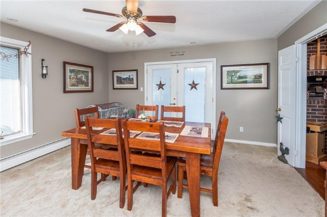 Detached at 107 Hillcrest Dr, East Gwillimbury, Ontario. Image 4