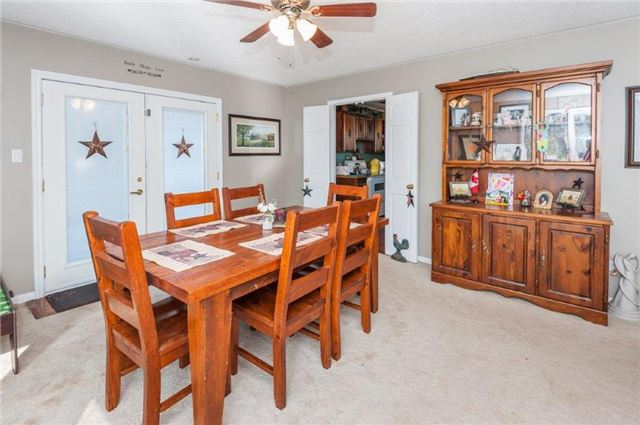 Detached at 107 Hillcrest Dr, East Gwillimbury, Ontario. Image 5