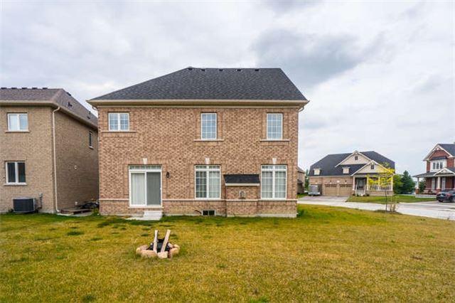 Detached at 59 Copeland Cres, Innisfil, Ontario. Image 10