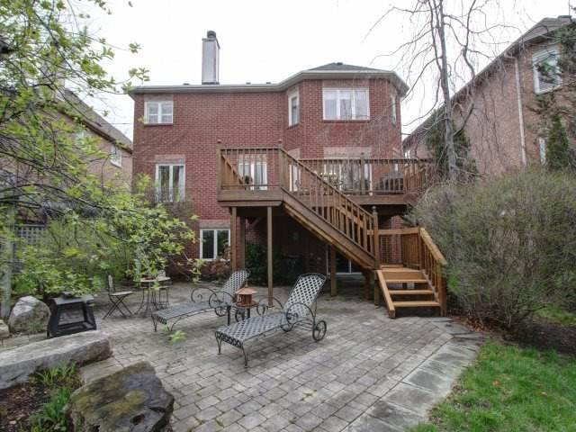 Detached at 102 Brookeview Dr, Aurora, Ontario. Image 10
