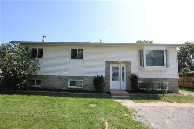 Detached at 2675 Lawrence Ave, Innisfil, Ontario. Image 1