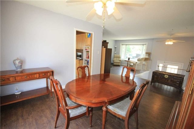 Detached at 2675 Lawrence Ave, Innisfil, Ontario. Image 14