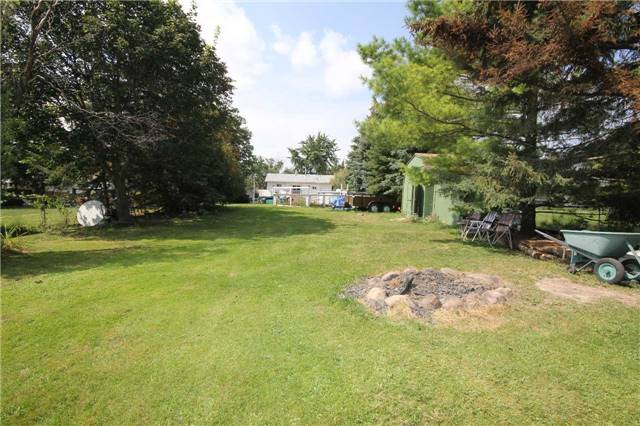 Detached at 2675 Lawrence Ave, Innisfil, Ontario. Image 8
